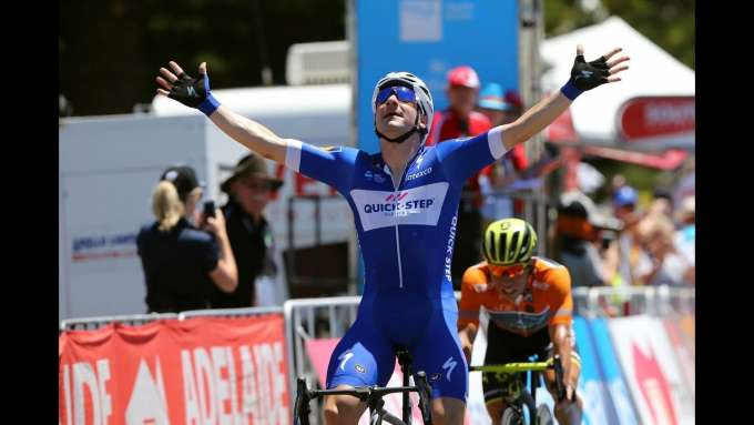 Elia Viviani: At home with Quick-Step Floors